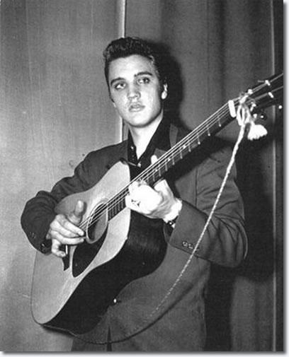 Image taken of Elvis backstage - February 1956